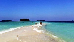 pantai-pulau-harapan