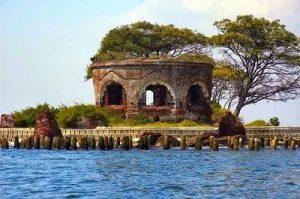 pulau-bidadari-jalan-jalan-pulau-cipir