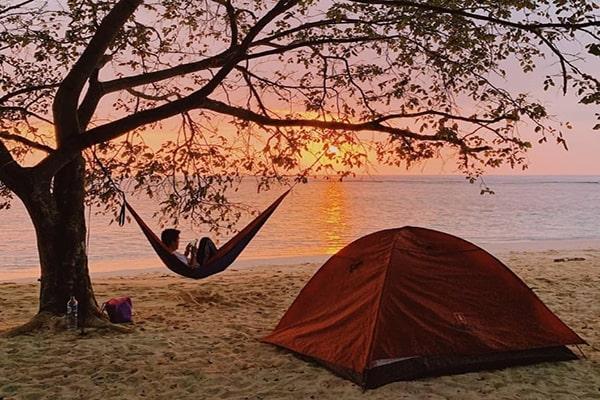 camping di pulau harapan kepulauan seribu jakarta