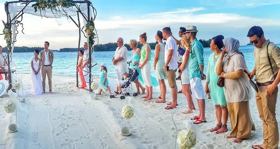 menikah di Pulau Seribu