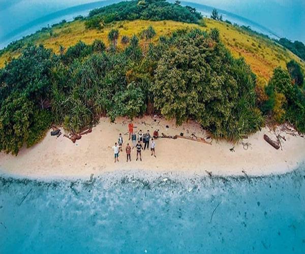 tour pulau pari Pantai Tanjung Rengge